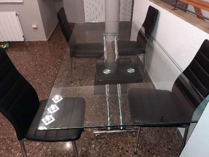 Imagen OFERTA mesa cristal+4sillas polipiel