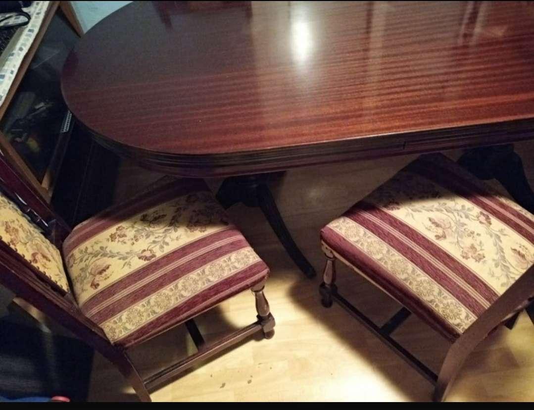 Imagen mesa comedor con 6 sillas preciosas!! madera maciza urge su venta