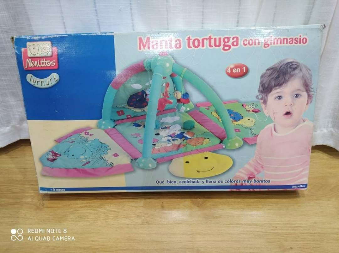 Imagen producto Manta tortuga con gimnasio 4