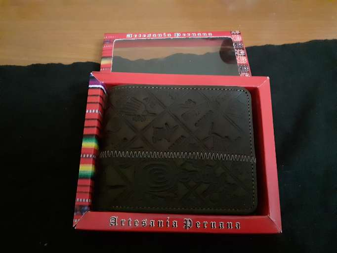 Imagen billetera artesanal