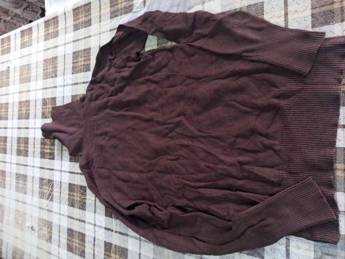Imagen jersey marrón claro
