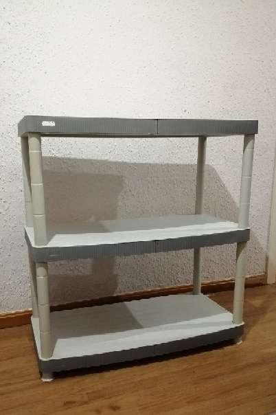 Imagen Mueble con 3 estantes