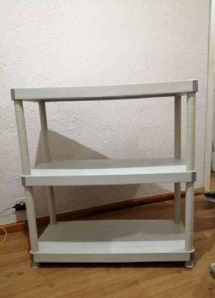 Imagen producto Mueble con 3 estantes 3