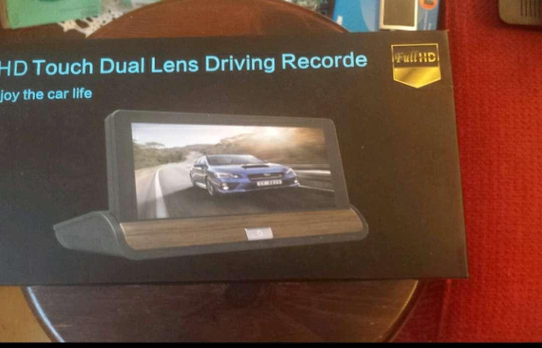Imagen Videocamara stand consola HD para coche con dos camaras