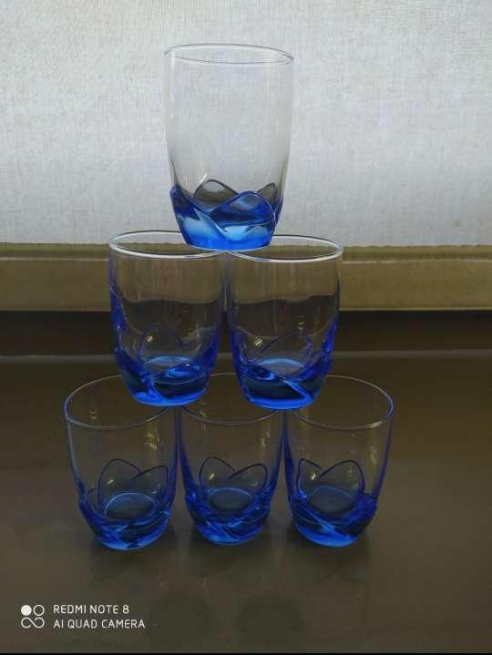 Imagen producto Juego de chupitos con tono azul 3
