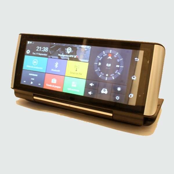 Imagen Navegador GPS con internet dos camaras y manos libres para llamadas en el coche