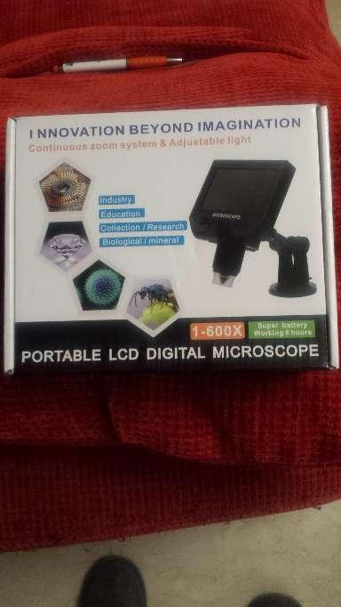 Imagen producto Microscopio con pantalla de 4.3 pulgadas y 600x aumentos 1