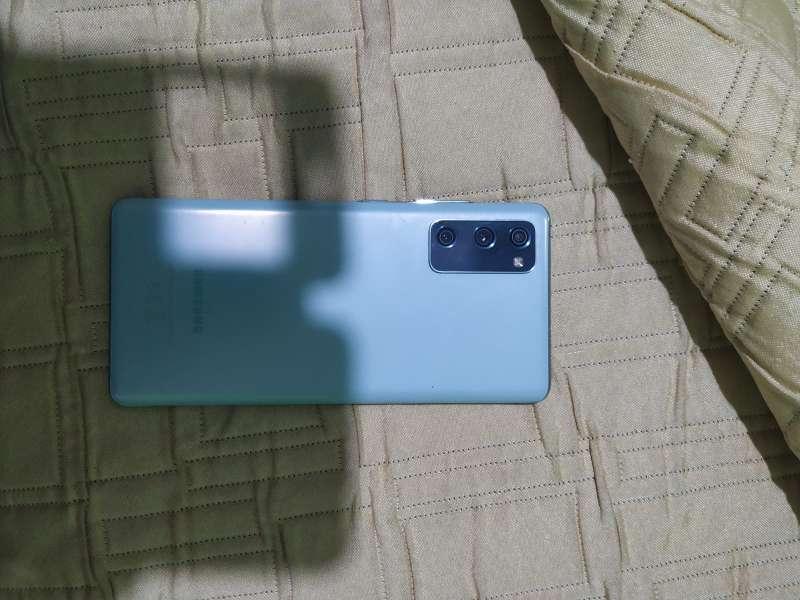 Imagen producto Samsung Galaxy S20 FE 5G 4