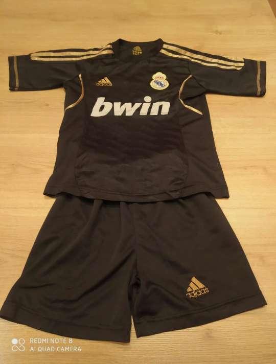 Imagen Conjunto deportivo Real Madrid 8 años