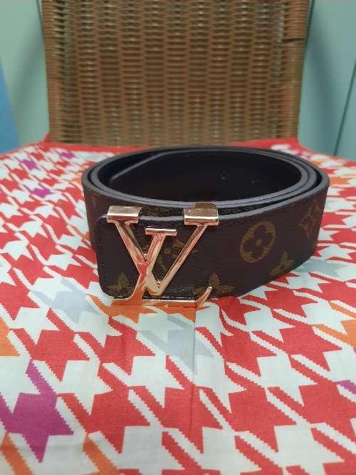 Imagen Cinturón Louis Vuitton marrón