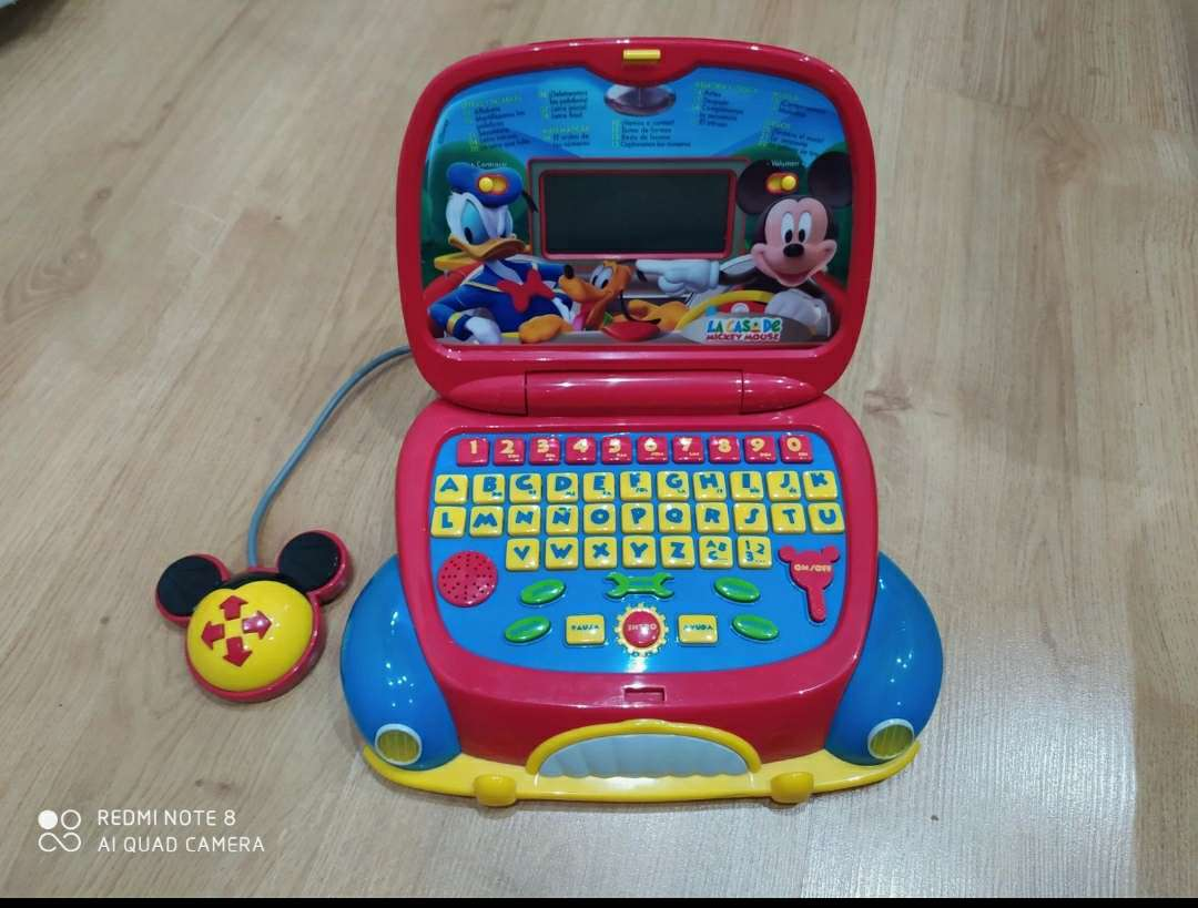 Imagen Ordenador coche Mickey Mouse