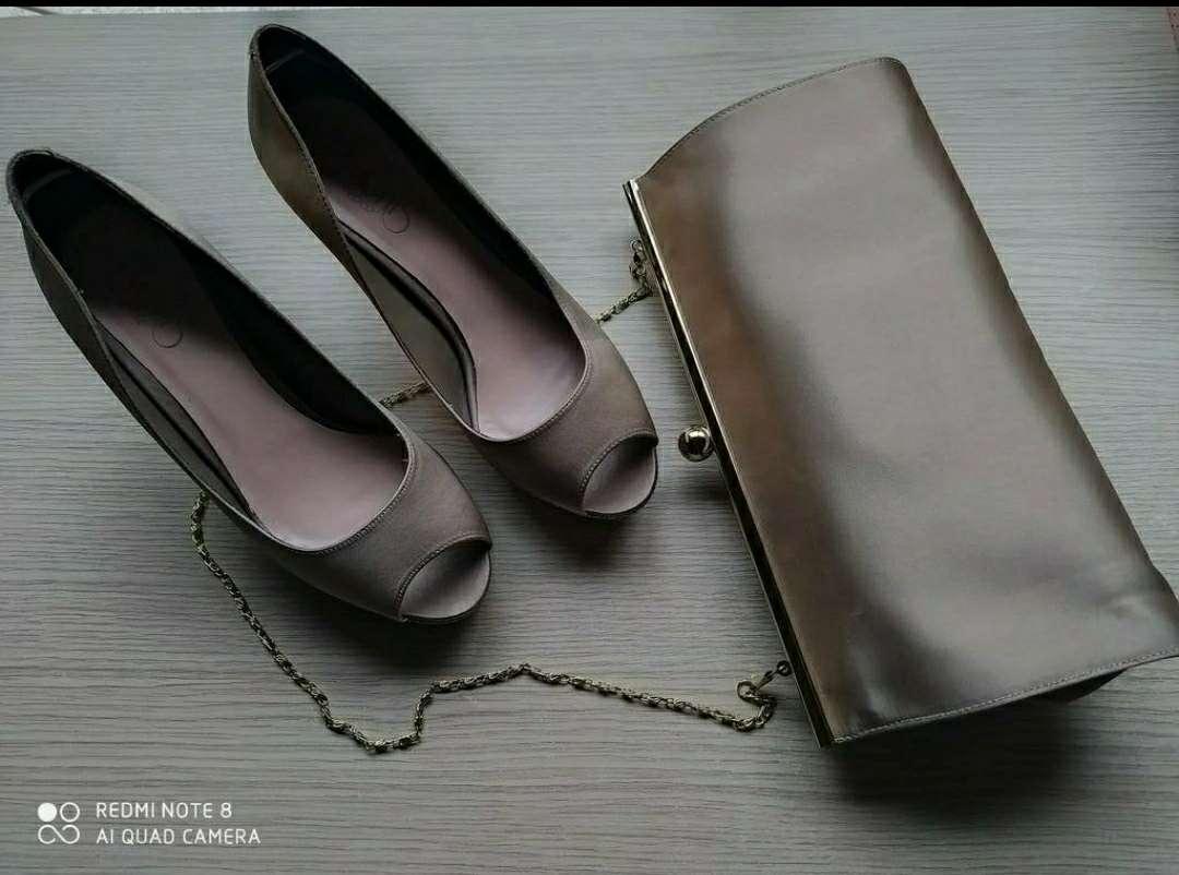 Imagen Zapatos núm. 38 y bolso