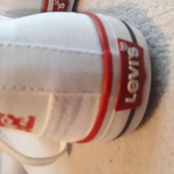 Imagen zapatillas levi's