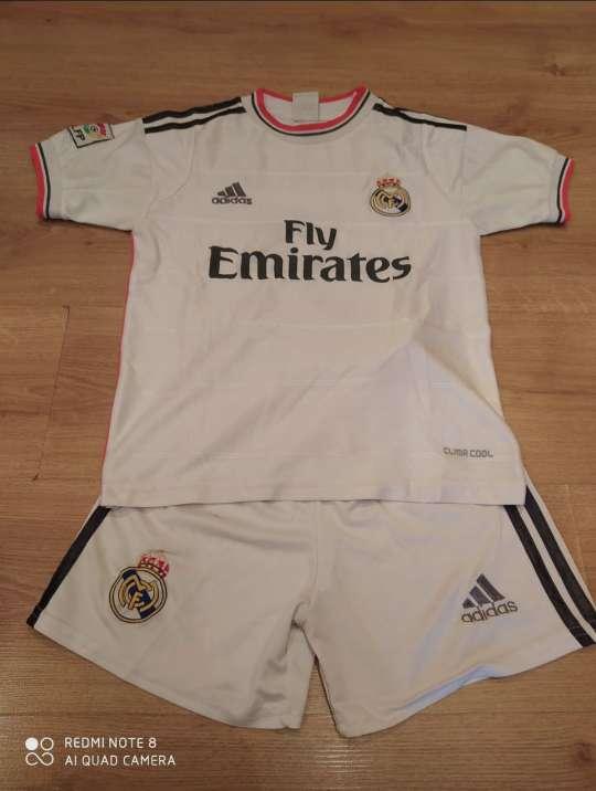 Imagen Conjunto deportivo Real Madrid 10 años