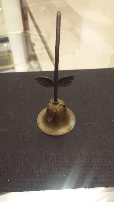 Imagen producto Campanilla antigua y caja gallina ponedora de bronce 7