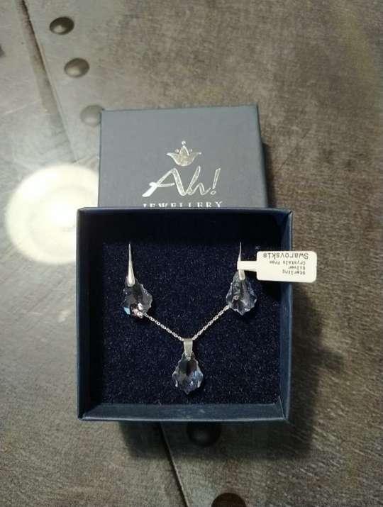 Imagen pendientes y collar de plata