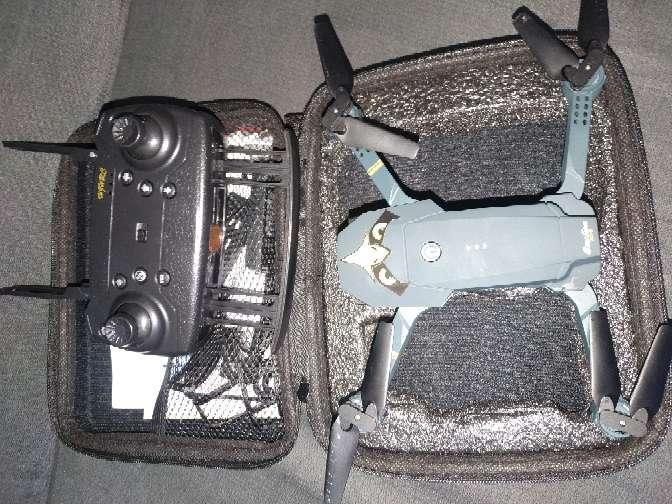 Imagen producto Dron 4k+3 baterías y estuche 2