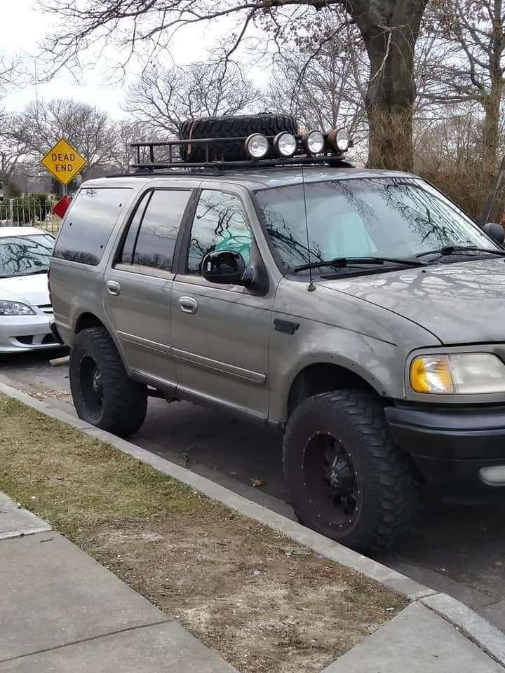 Imagen una Ford Expedition