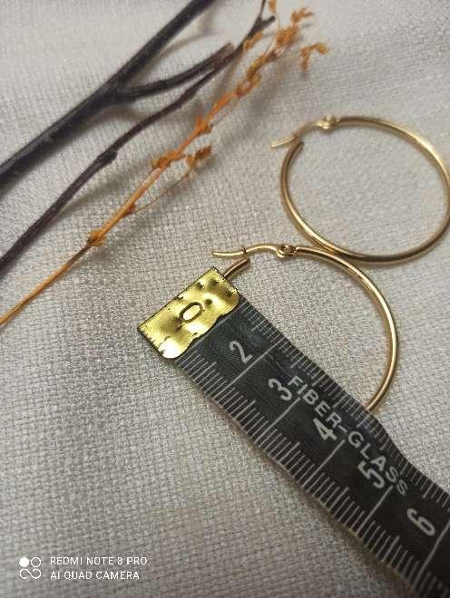 Imagen producto Pendientes dorados acero inoxidable. 3