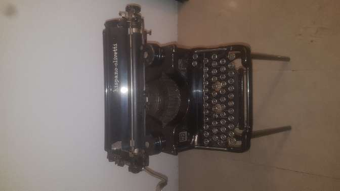 Imagen producto Vendo Maquina Antigua para coleccionista. 2