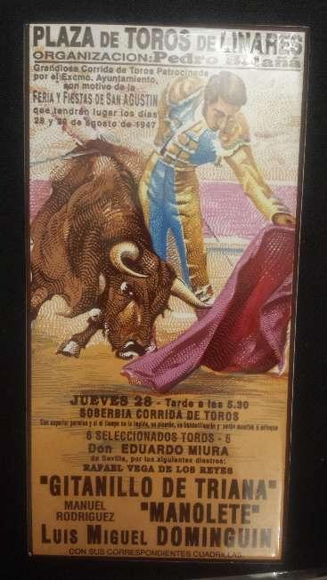Imagen Azulejo corrida muerte de Manolete botella libro y salvilla de porcelana