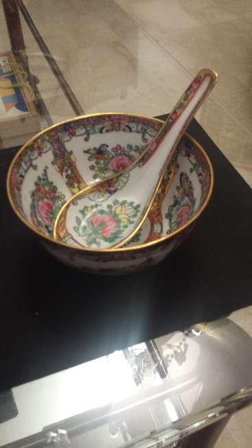 Imagen Bol y cuchara de porcelana fina China