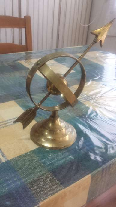 Imagen Compas mundi de bronce 40 años viejo