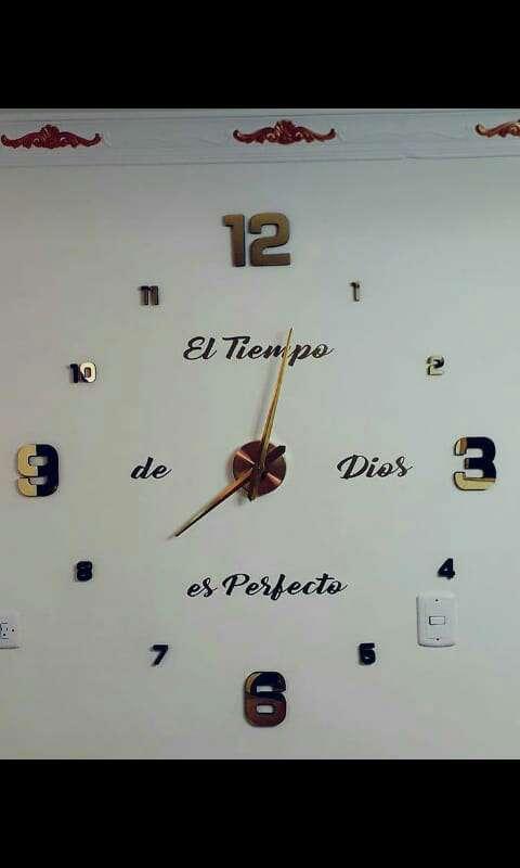 Imagen reloj3D adomicilio