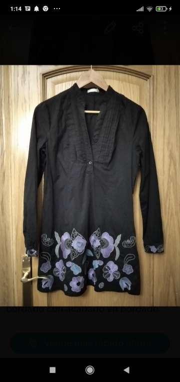 Imagen vestido negro con bordado