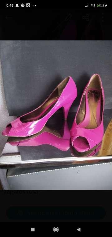 Imagen zapatos de señora tacón medio
