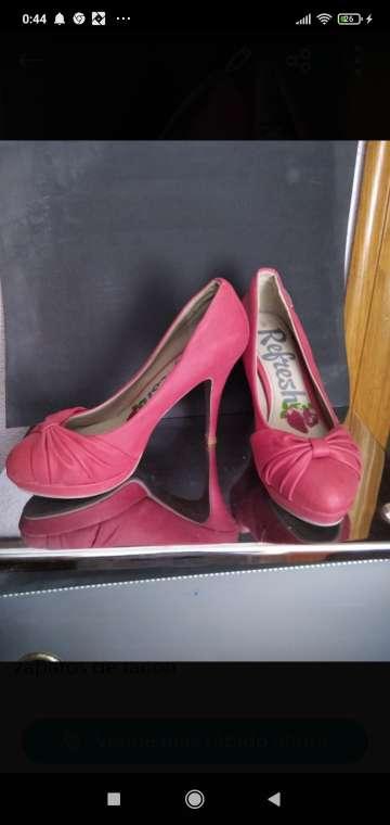 Imagen zapatos de tacón alto