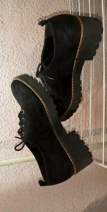 Imagen Zapatoa con plataforma