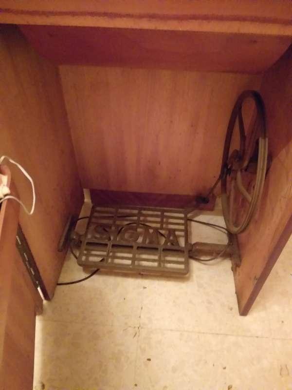 Imagen Maquina de coser antigua