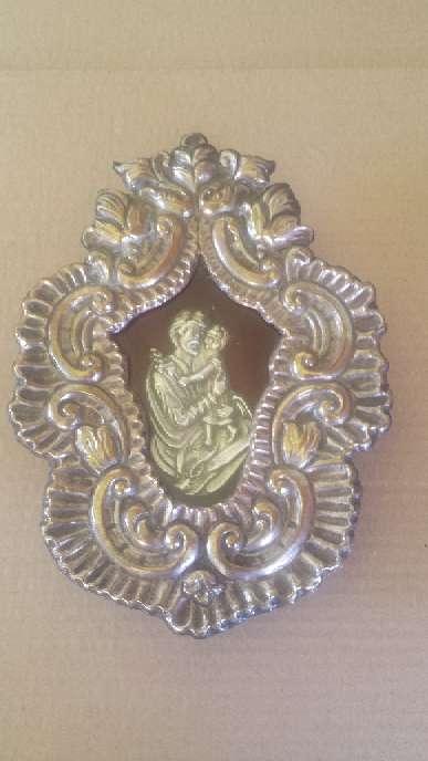 Imagen Relicario de San Jose de metal y la figura de plata 23x17 ctms.