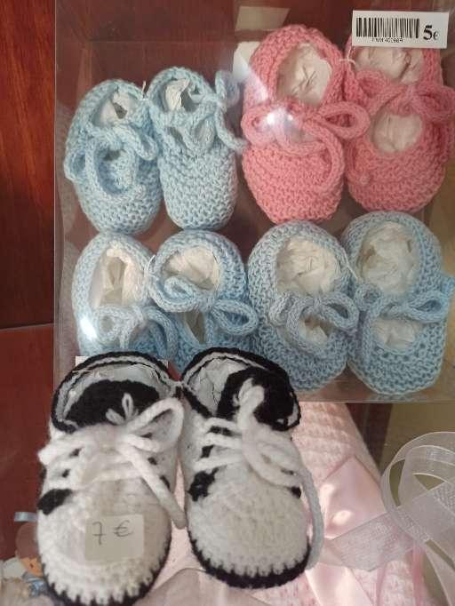 Imagen ropita y complementos bebes talla ( 0 a 2 añitos)
