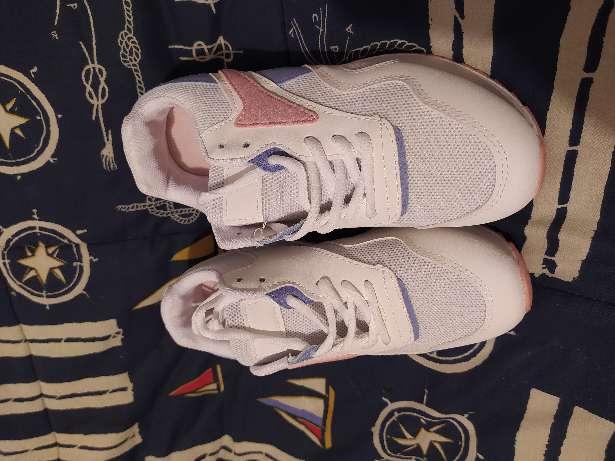 Imagen producto Zapatillas deportivas talla 37 6