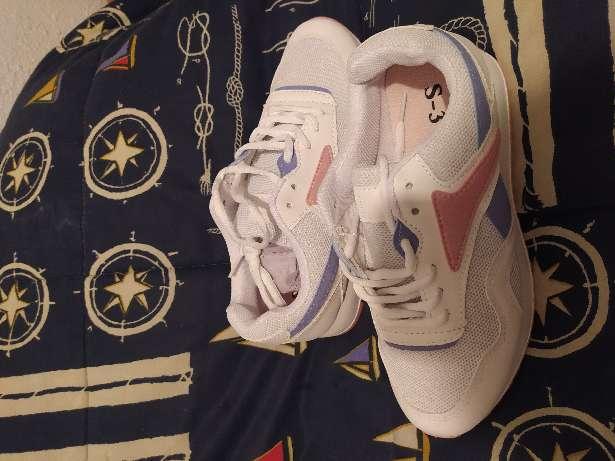 Imagen producto Zapatillas deportivas talla 37 4