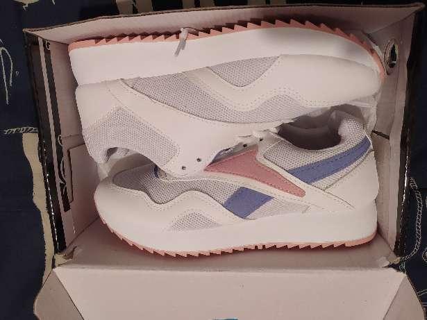 Imagen producto Zapatillas deportivas talla 37 5