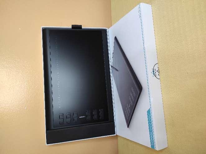 Imagen Tableta gráfica profesional HUION 1060 Plus