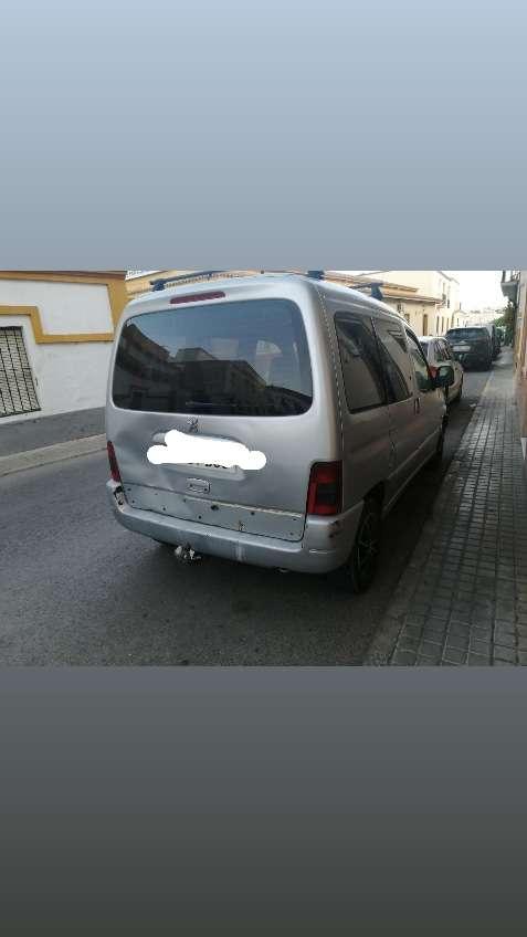 Imagen se vende furgoneta