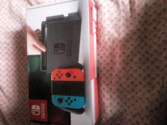 Imagen caja de Nintendo switch