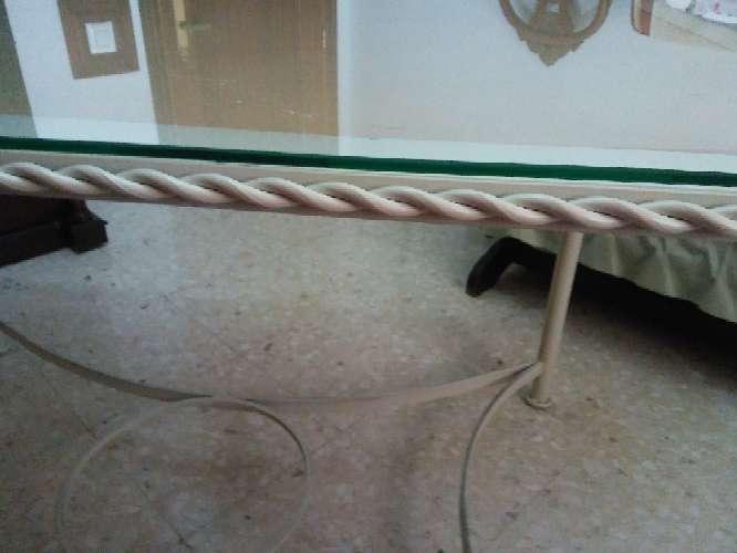 Imagen Mesa de hierro vintage.