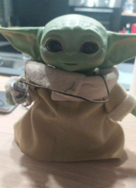 Imagen producto Baby Yoda The Mandalorian 2