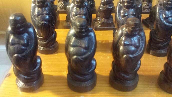 Imagen Lote de 25 miniaturas talladas en madera noble