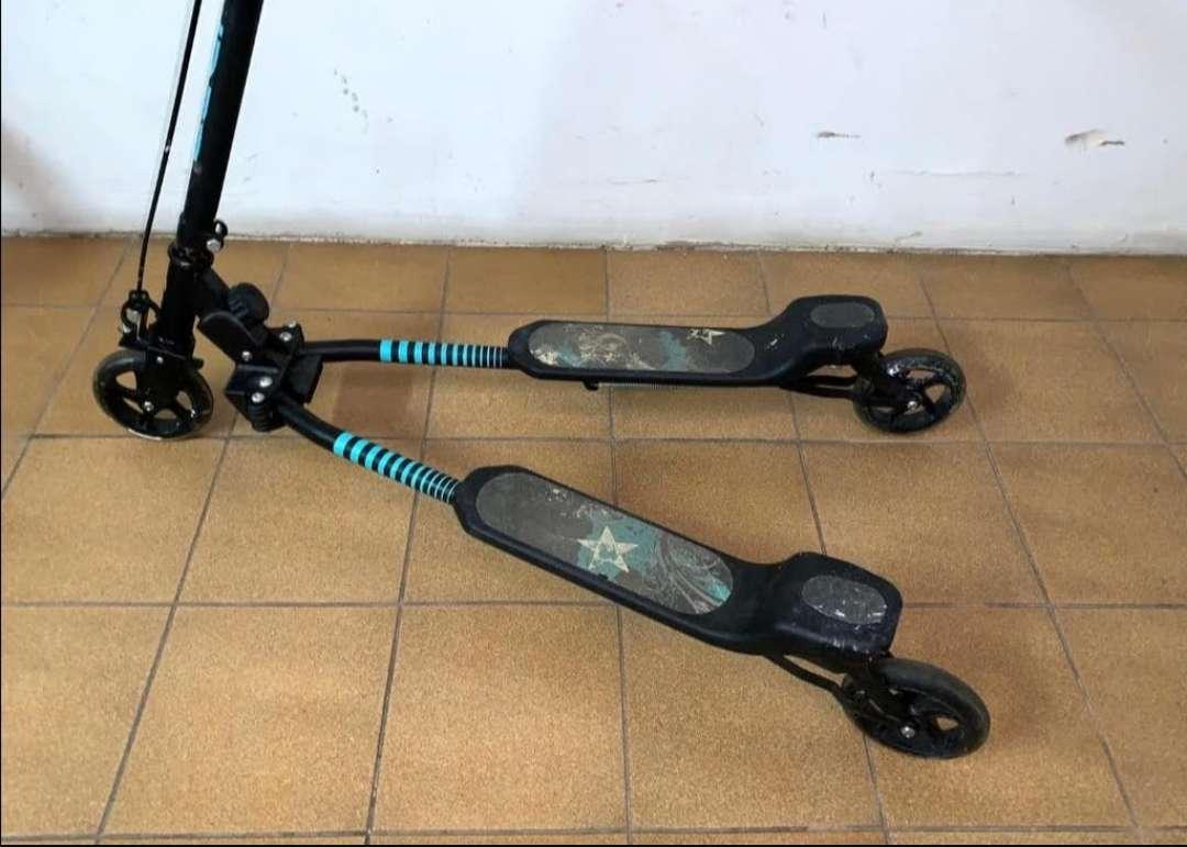 Imagen patinete doble