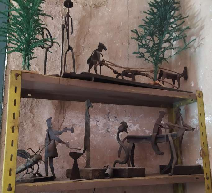 Imagen Figuras artesanales de hierro