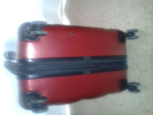 Imagen maleta color vinilo