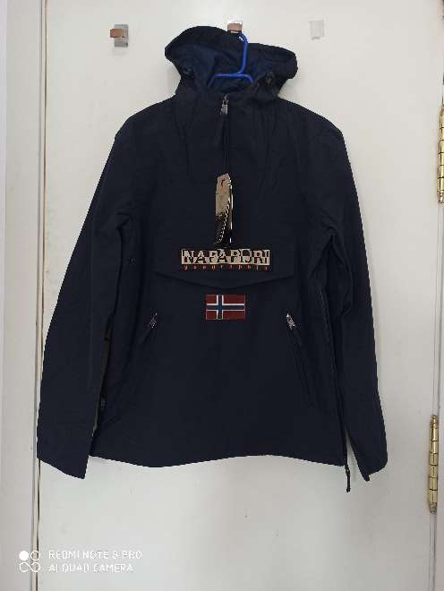 Imagen abrigo napapijiri talla L