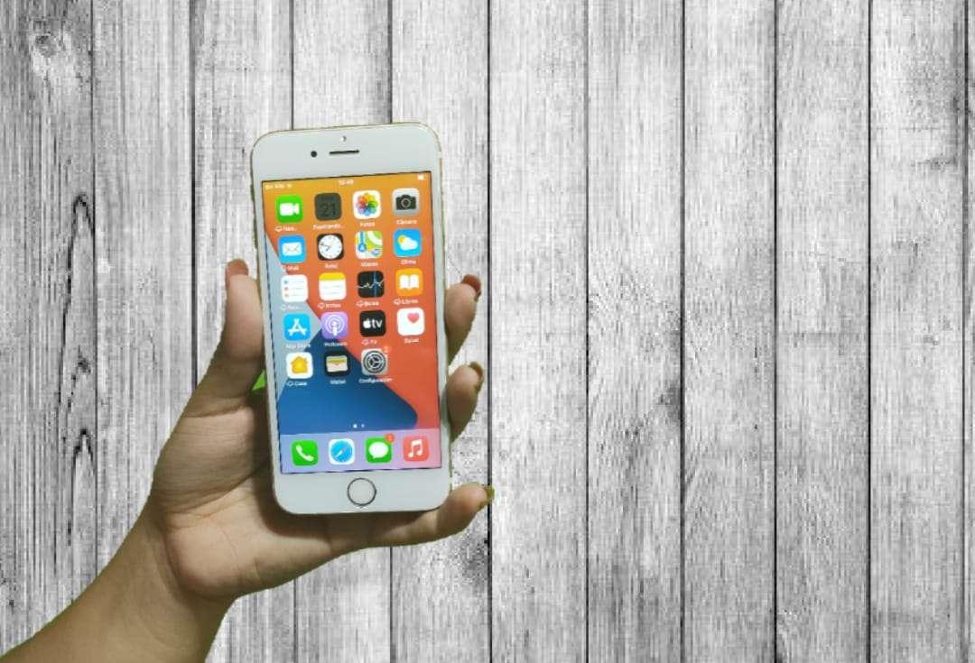 Imagen celular iPhone 6 s de 64 g