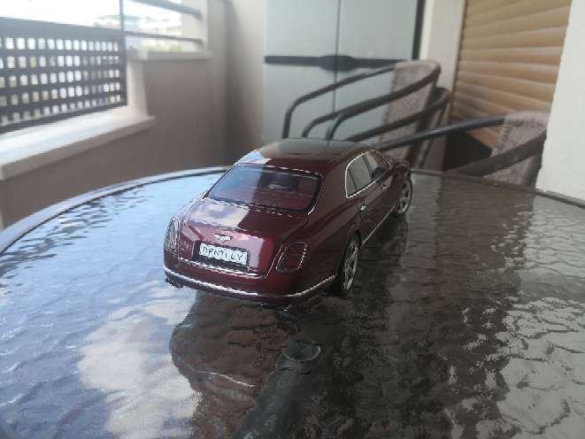 Imagen producto Coche a escala 1/18 Bentley kyosho 3